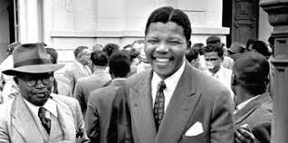 Homenagem simbólica à Nelson Mandela RIP Los Gifs